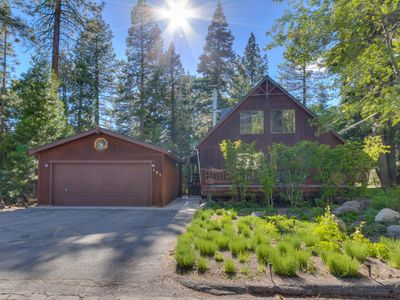 Photo for Tahoe City. Close to Ski Resorts, Fireplace!