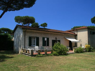 Photo for Villa near the sea with udge Garden and pinewood