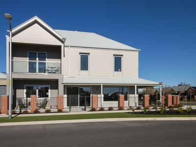Photo for New centrally located double storey townhouse