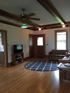Living Room, TV (DVD player only, no cable)