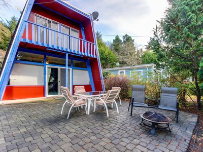 Photo for A fun beach house you won't soon forget! Dog-friendly w/ great location!