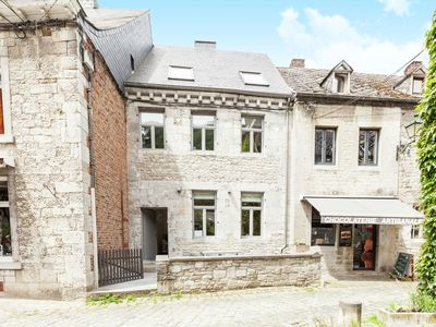 Photo for Superb cottage with 3 bedrooms with private bath in the heart of Durbuy