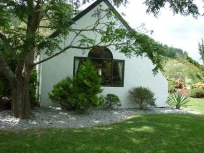 Photo for Dragonfly Cottage - Large 2 bedroom holiday home
