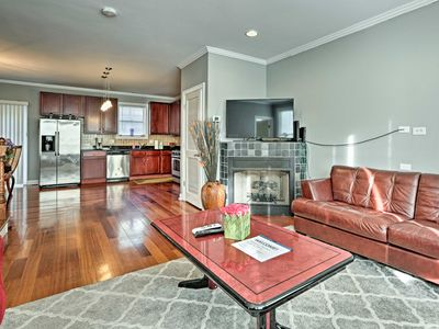 Photo for Luxe Chicago Townhome w/ Balcony - 20 Mins to DT!