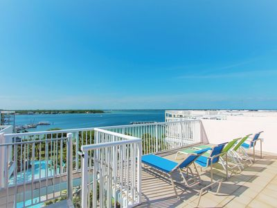 Photo for PENTHOUSE w/ Roof Top Views of Bay & Destin Skyline! | Heated Pool | FREE Fun Pass| Makin' Me Happy