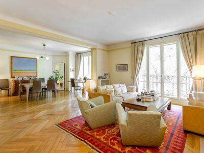 Photo for Large apartment (150 m2) near the Luxembourg Garden