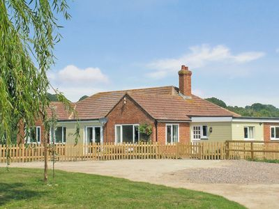 Photo for 3 bedroom property in Rye. Pet friendly.