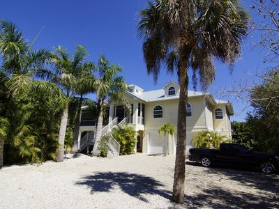 Photo for Beach Nest - Close to Sanibel Outlets and Beaches !