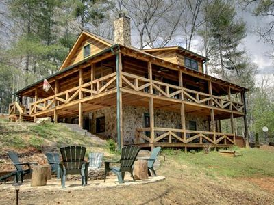 Photo for Perfect Getaway *Lots 2 Do!* Fun Upscale Cabin & Great Nightly Rate!
