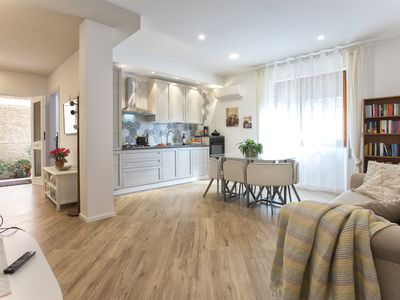 Photo for Lilly apartment in the center of Alghero with Air conditioning and WiFi for 6