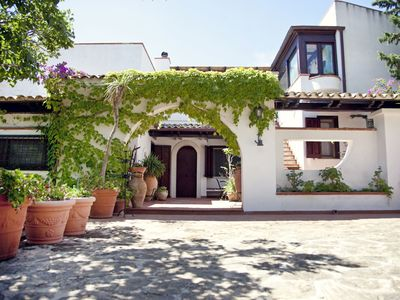 Photo for Nice apartment for 8 people with private pool, A/C, WIFI, TV, balcony and parking