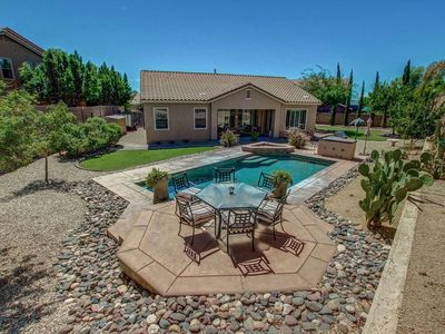 Photo for North Phoenix Beauty w/ Private Pool, Community Pool, Spa, Tennis, Basketball