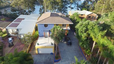 Photo for Central modern holiday home near multiple beaches