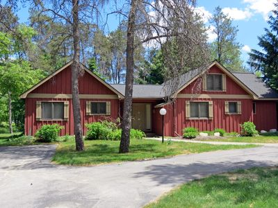 Photo for Great Family Cottage at Crystal Mountain - Short walk to ski and golf