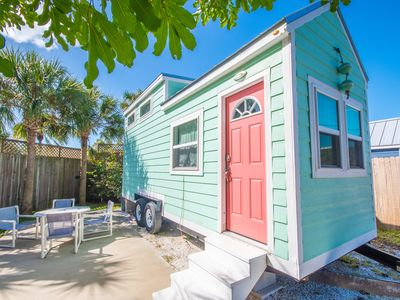 Photo for Tiny House Flamingo- Cute and vibrant with Free WiFi