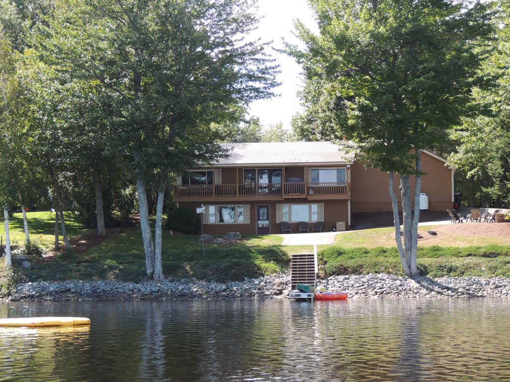 Charminglakefront Cottage On Beautiful HomeAway Clifton - And architectural cottages on secluded private pond homeaway