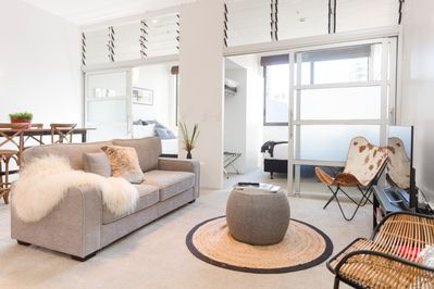 Serene and tranquil - a super quiet and comfy space to make your own while in Auckland