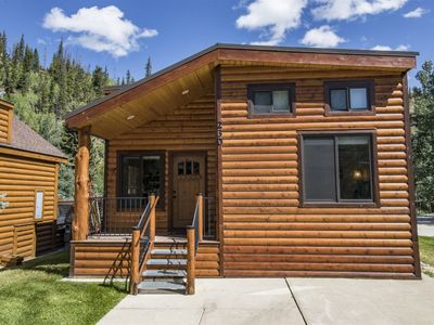 Photo for Gorgeous cabin on the river with tons of space