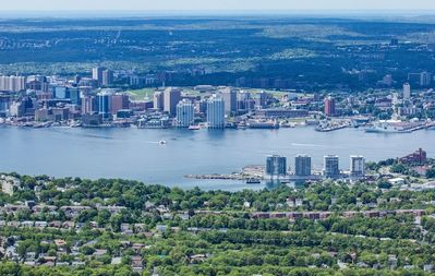 Photo for In the center of Dartmouth with Internet, Lift, Parking (674717)