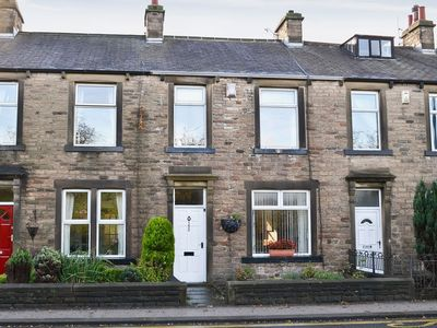 Photo for 4 bedroom property in Skipton. Pet friendly.