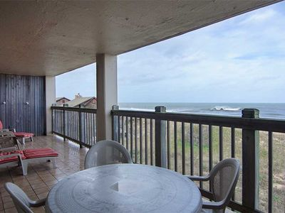 Photo for Heron Cove 302N: Clean and Cozy Top Floor Oceanfront Condo. Flatscreens in Every Room.