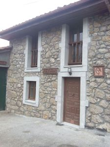 Photo for Casa Rural La Xiana located on the northern slopes of Tiatordos (Asturias)