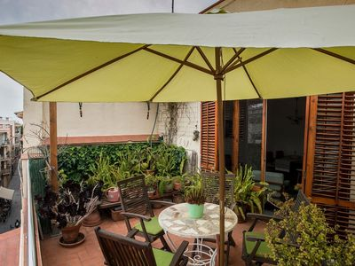 Photo for Apartment in quiet street with terrace with wifi.