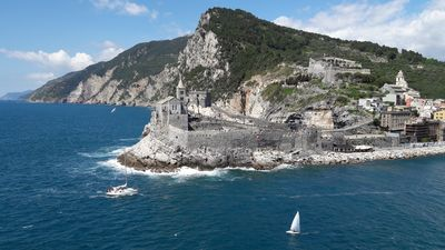 Photo for Visit 5 Terre, Portovenere, holidays on the sea, tracking