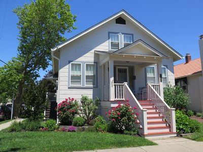 Photo for 2 Blocks to Beach & Shopping. 4 Bedrooms, Sleeps 8 Guests.