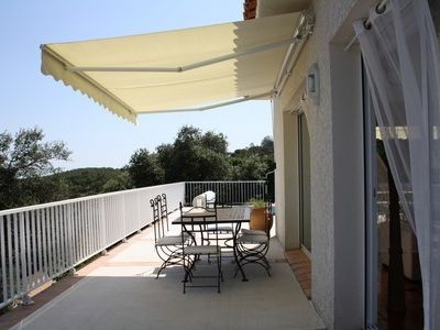 Photo for Standing villa with heated swimming pool from spring to autumn, south of France
