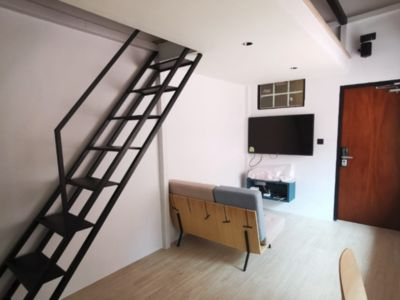 Photo for Warm and Modern Studio Apartment along Havelock Road