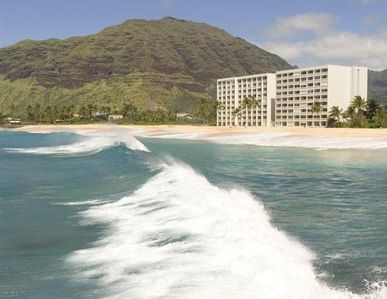 Photo for Ground floor condo walk straight out to the beach, private lanai.