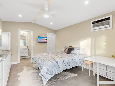 Photo for Beautiful brand new luxurious studio minutes from Siesta Key & downtown!
