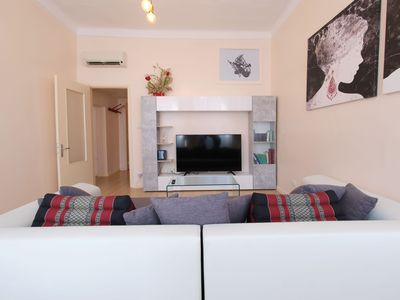 "Photo for Central Holiday Apartment ""Al Corso 39"" with Balcony, Wi-Fi & Air Conditioning"