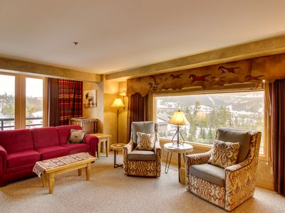 Photo for Ski-in/ski-out condo w/ mountain views, pool, hot tub, & other resort amenities