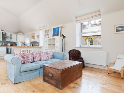 Photo for Charming 2 bed house on pretty street with private garage for parking