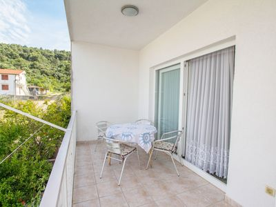 Photo for Apartments Vrlika (49991-A3) - Trogir