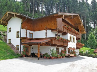 Photo for Apartment Landhaus Heim (ZAZ306) in Zell am Ziller - 5 persons, 1 bedrooms