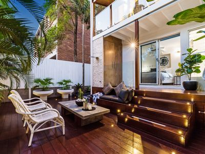 Photo for Modern Luxe Villa Oasis, 700m to Hastings St