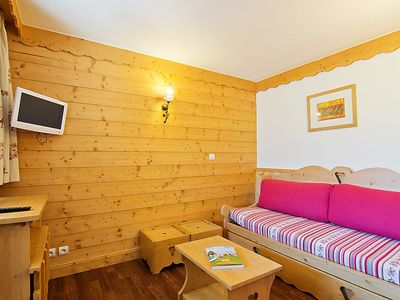 Photo for Apartment La Vanoise in Val Thorens - 5 persons, 1 bedrooms