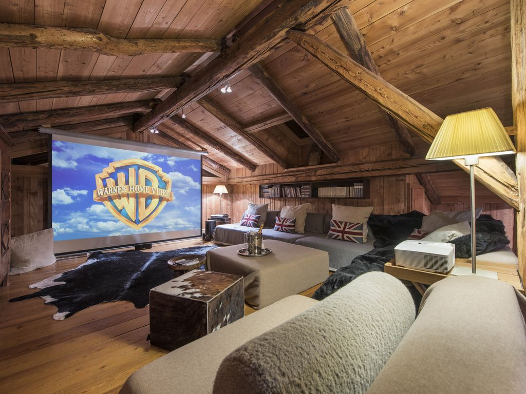 Hip Chalet in Chamonix Original chalet with hot tub and vast ...