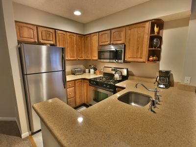 3 bedroom ski on/off Winterplace condo, Right on the Lift Line Trail.