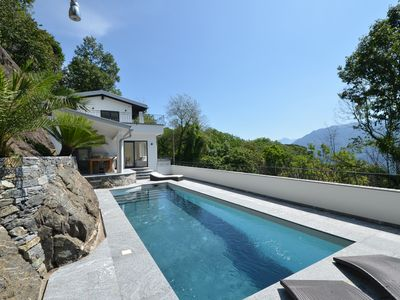 Photo for Exclusive 4 1/2 bedroom villa, with 2 parking, swimming pool.