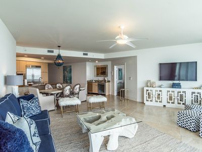 Photo for Fabulous decor! Gorgeous bay front condo! Lazy river,
