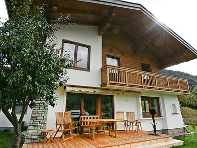 Photo for Vacation home Happy in Eben im Pongau - 10 persons, 4 bedrooms