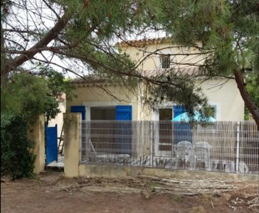 Photo for Studio 2 people in the pine forest of the Capte 100 meters from the beach