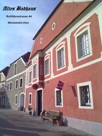 Historic house in white churches in the Wachau.