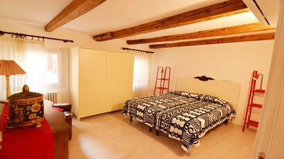 Photo for Super cozy and new flat - less then 10 mnts to San Mark's Sq.