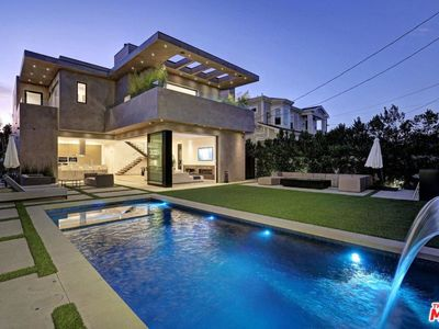 Photo for Beverly Grove Modern Villa