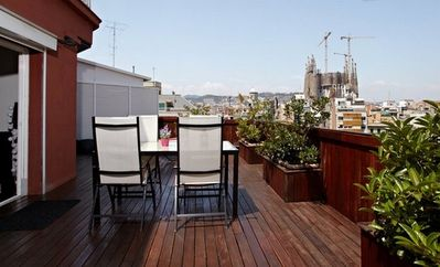 Photo for Excellent two rooms with a terrace next to Sagrada Familia